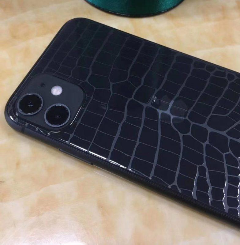 crocodile film back iphone